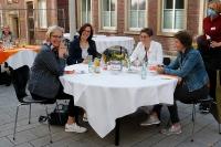 einsA-Eröffnungsfest mit den Mitarbeiterinnen und Mitarbeitern